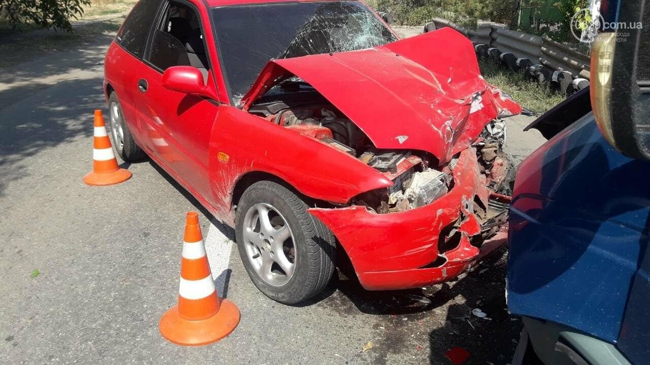 В Мариуполе Mitsubishi столкнулась с Газелью. Пострадал мужчина, - ФОТО, фото-8