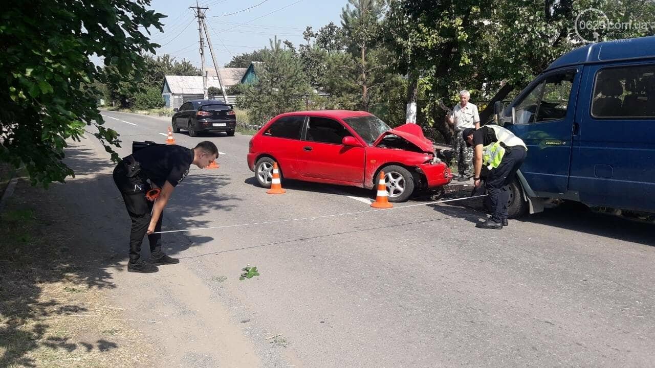 В Мариуполе Mitsubishi столкнулась с Газелью. Пострадал мужчина, - ФОТО, фото-9