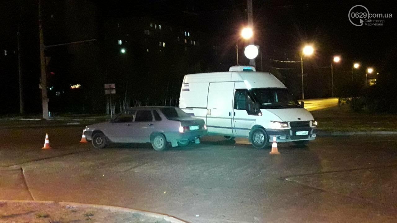 В Мариуполе микроавтобус столкнулся с ВАЗ, - ФОТО, фото-12