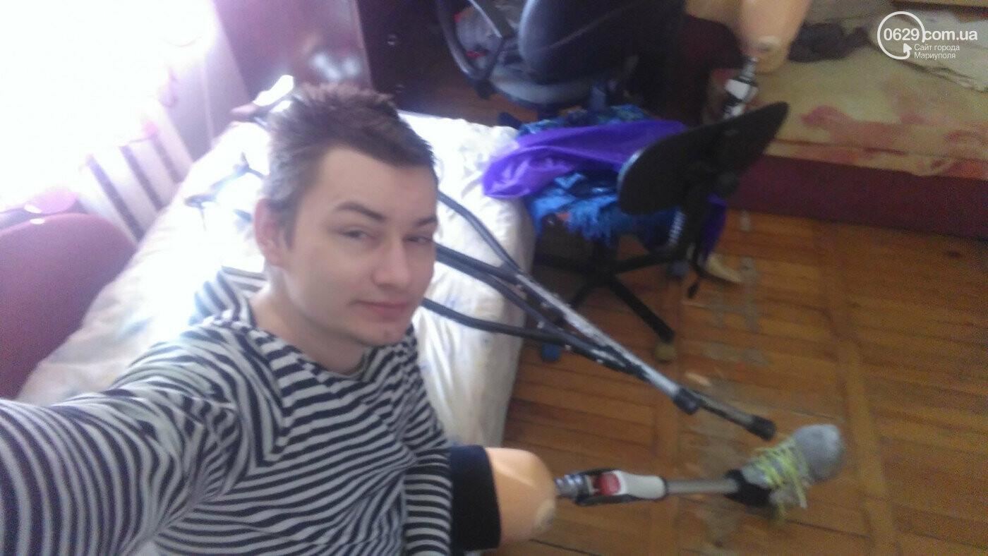 Колясочная инспекция. Мариуполец с инвалидностью проверял доступность аптек и магазинов, - ФОТОРЕПОРТАЖ, фото-1