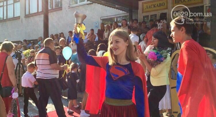 Первое сентября в Мариуполе: 23 лучших фотографии сегодняшнего дня, фото-4