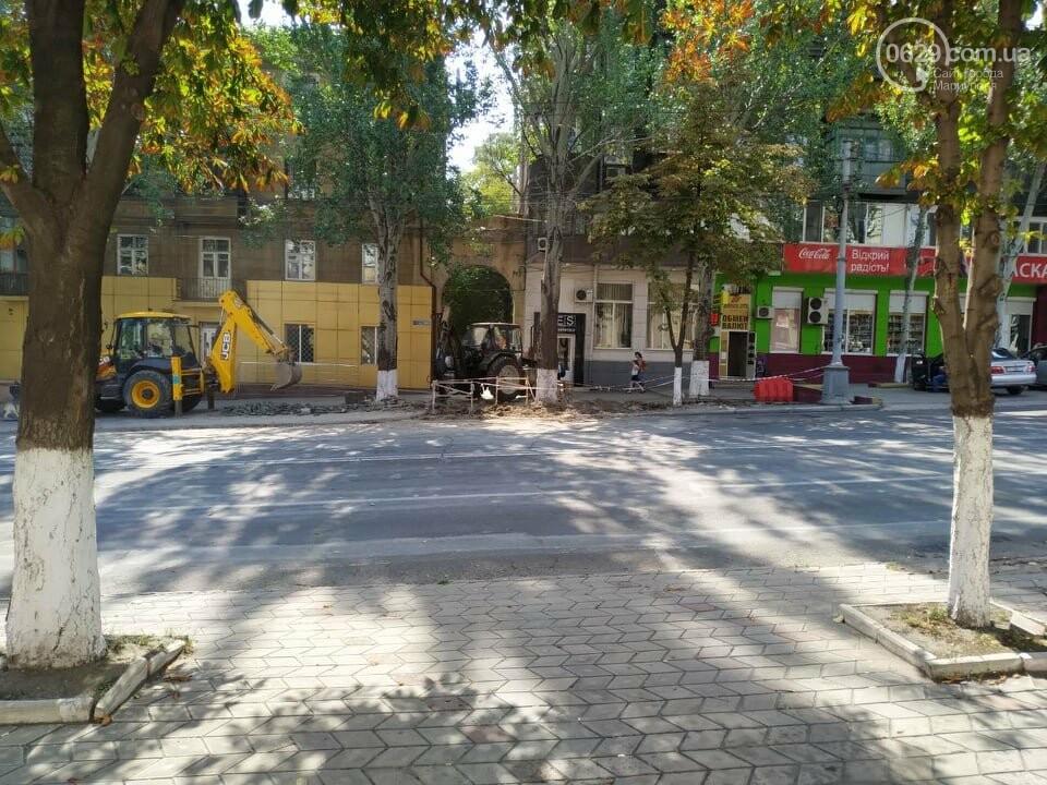 В Мариуполе из-за ремонта проспекта Мира жители не могут заехать в собственный двор, фото-4