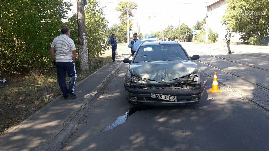 "В Мариуполе девушка на ""Ситроене"" пропускала собаку и угодила в ДТП, - ФОТО, фото-3"