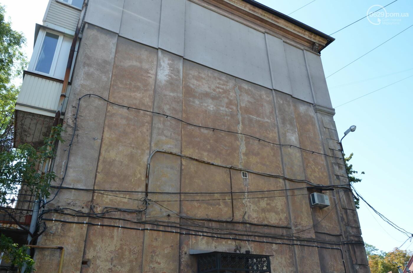 В центре Мариуполя старинный дом может обрушиться в любой момент, - ФОТО, фото-1