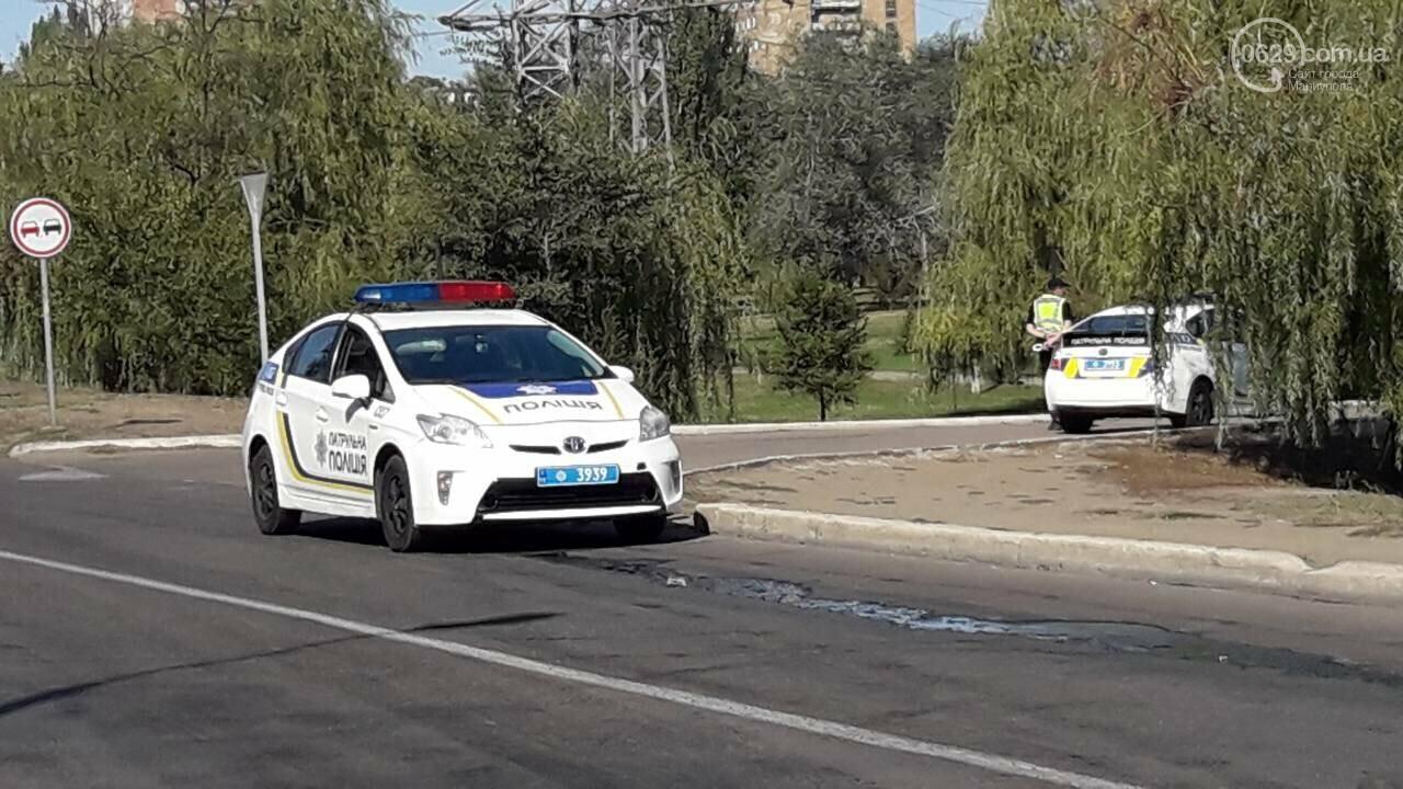 В Мариуполе две легковушки не разделили улицу Карпинского, -ФОТО, фото-2