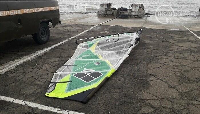 Мариупольские спасатели вытянули на берег попавшего в шторм серфингиста,- ФОТО, фото-3