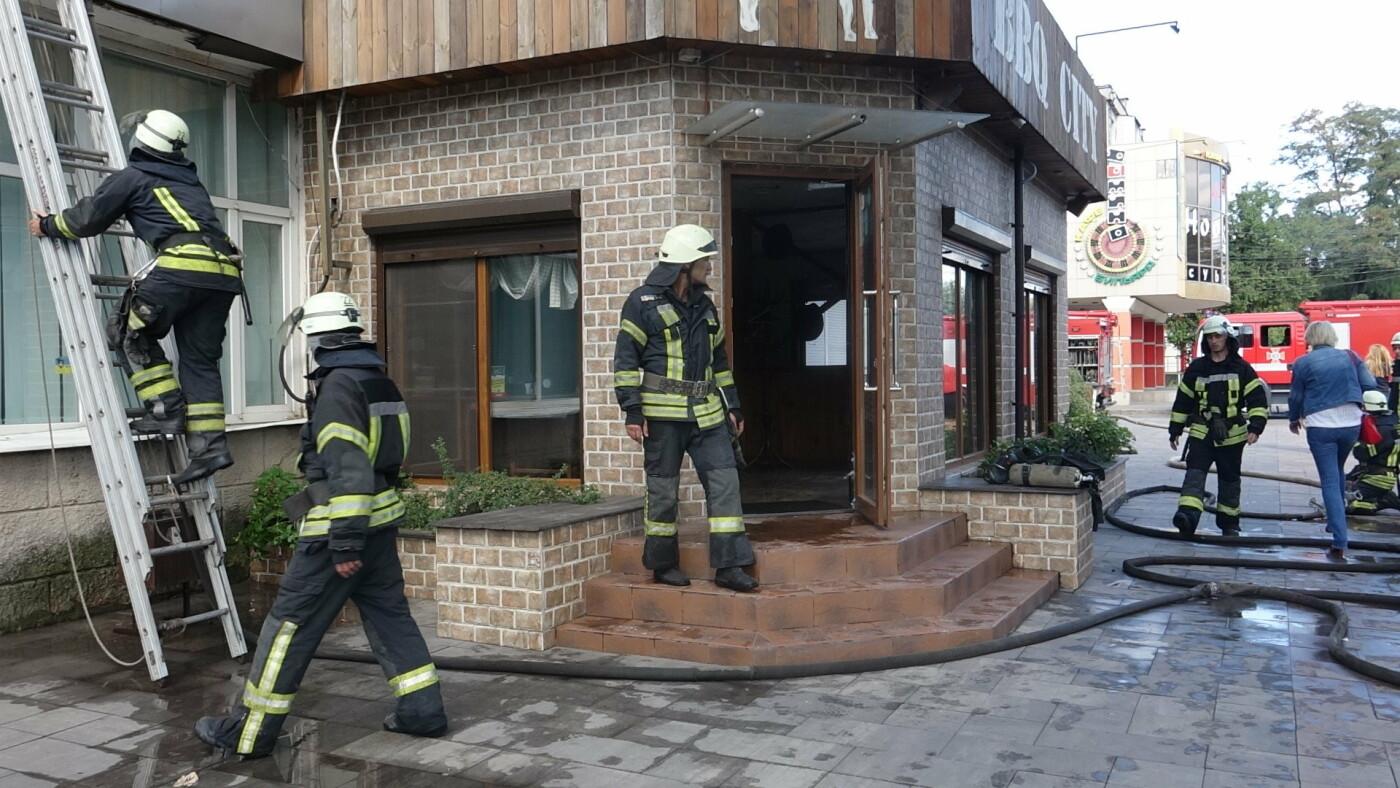 """В Мариуполе горело кафе """"BBQ"""",- ФОТО+ВИДЕО, фото-4"""