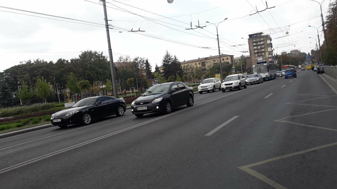 В Мариуполе заминирован горсовет! Правоохранители проверяют информацию, движение перекрыто, - ДОПОЛНЯЕТСЯ, фото-5