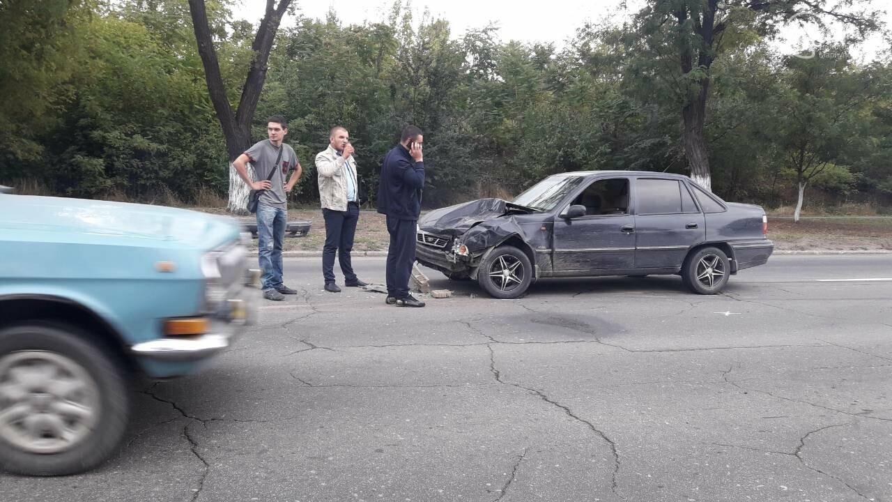В Кальмиусском районе Daewoo догнал Mazda, - ФОТО, фото-2