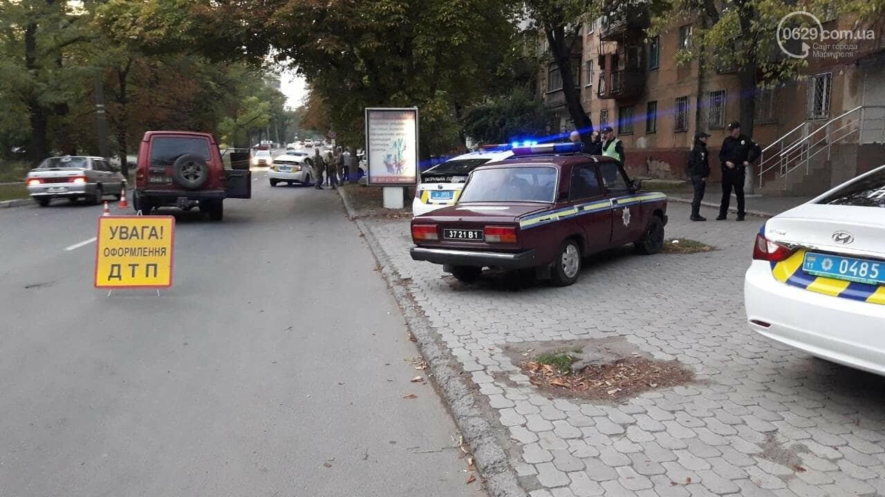 """В Мариуполе автомобиль с военными столкнулся с патрульной """"Тойотой"""", - ФОТО, ВИДЕО, фото-3"""