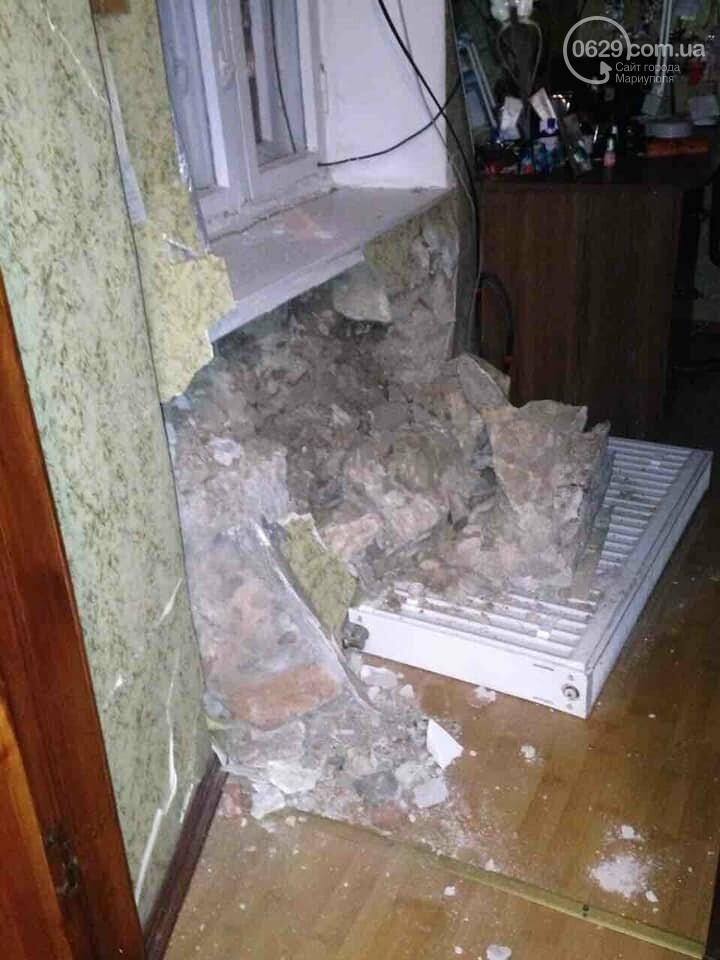 """В Мариуполе """" Газель """" врезалась в жилой дом и развалила стену,- ФОТО, ВИДЕО, фото-7"""
