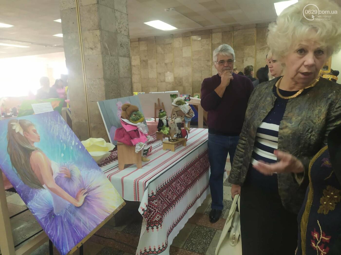 Праздник образования в Мариуполе: денежные подарки, награда родителям и памятник учителю, фото-20