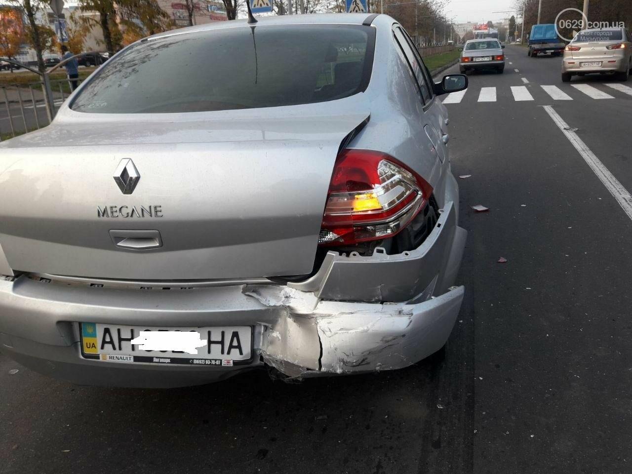 """Тройное ДТП возле """"ПортСити"""" в Мариуполе. Один из водителей покинул место аварии, - ФОТО, ВИДЕО, фото-5"""