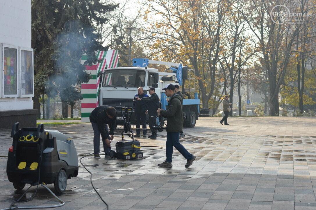 Драмтеатр Мариуполя отчистили от экскрементов голубей, - ФОТО, фото-2