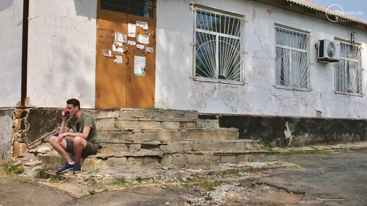 """Рис Линч: """"Мариуполь был одним из первых мест, где я перестал чувствовать себя неуязвимым"""",- ФОТО, ВИДЕО, фото-6"""