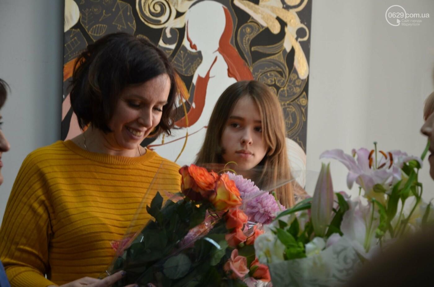 Золото на черном. Мариупольская  художница  Оксана Гнатышин  представила картины в авангардном стиле,-   ФОТО, фото-1
