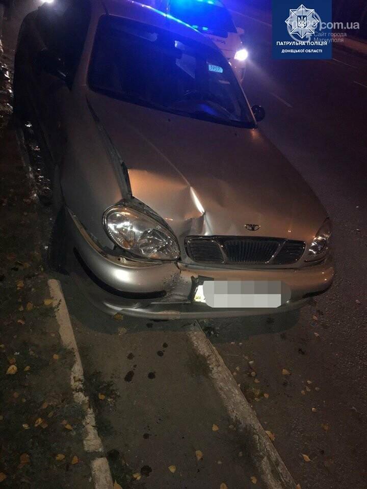 Пьяный водитель хотел дать взятку мариупольским полицейским, - ФОТО , фото-2