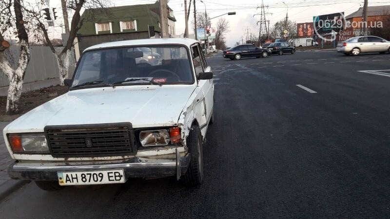 """В Мариуполе пьяный на """"девятке"""" протаранил """"четверку"""", - ФОТО, фото-2"""