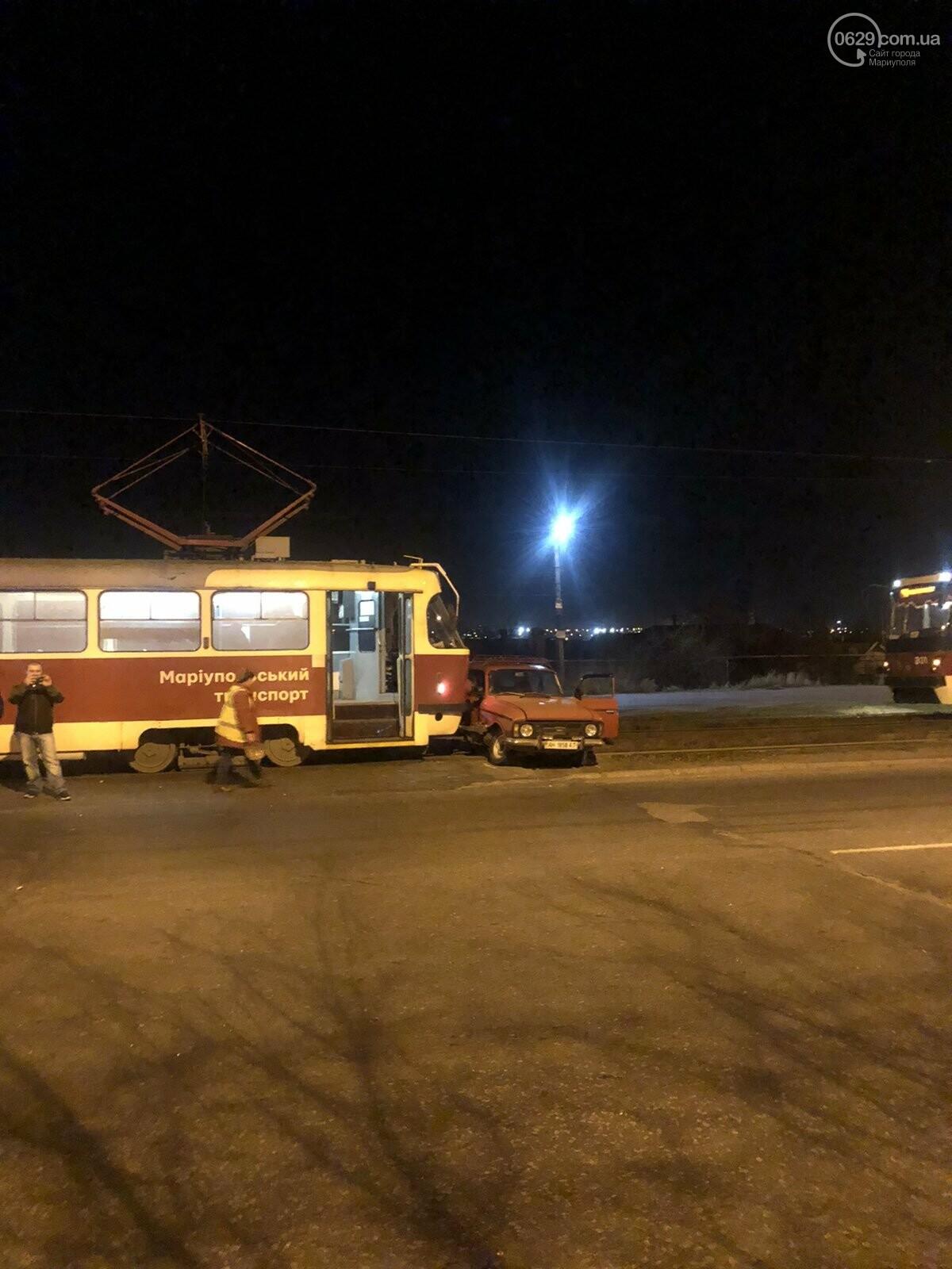 В Мариуполе «Москвич» столкнулся с трамваем, - ФОТО, фото-9