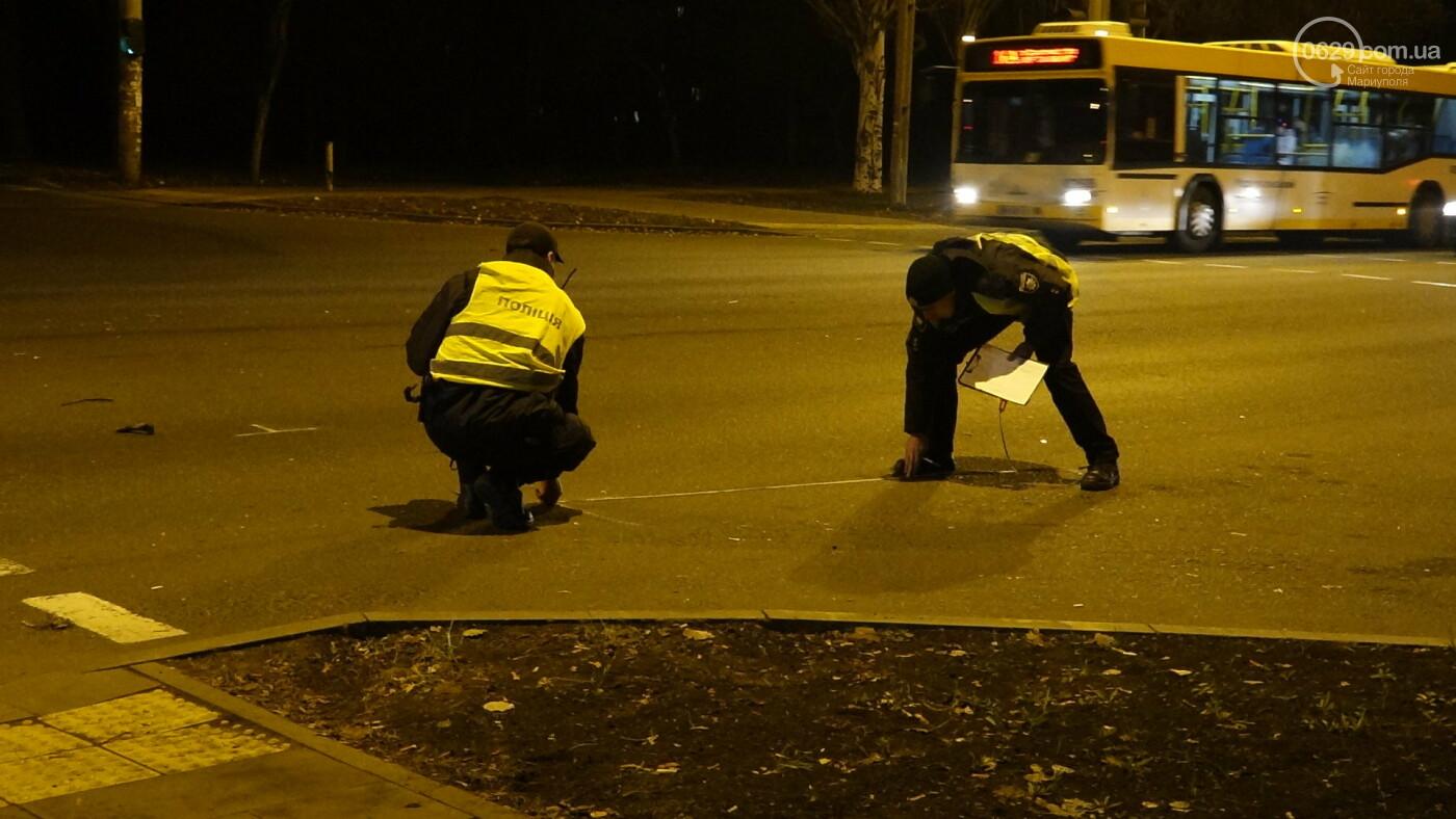 В Мариуполе на перекрестке «Мерседес» зацепил маршрутку, - ФОТО, фото-11