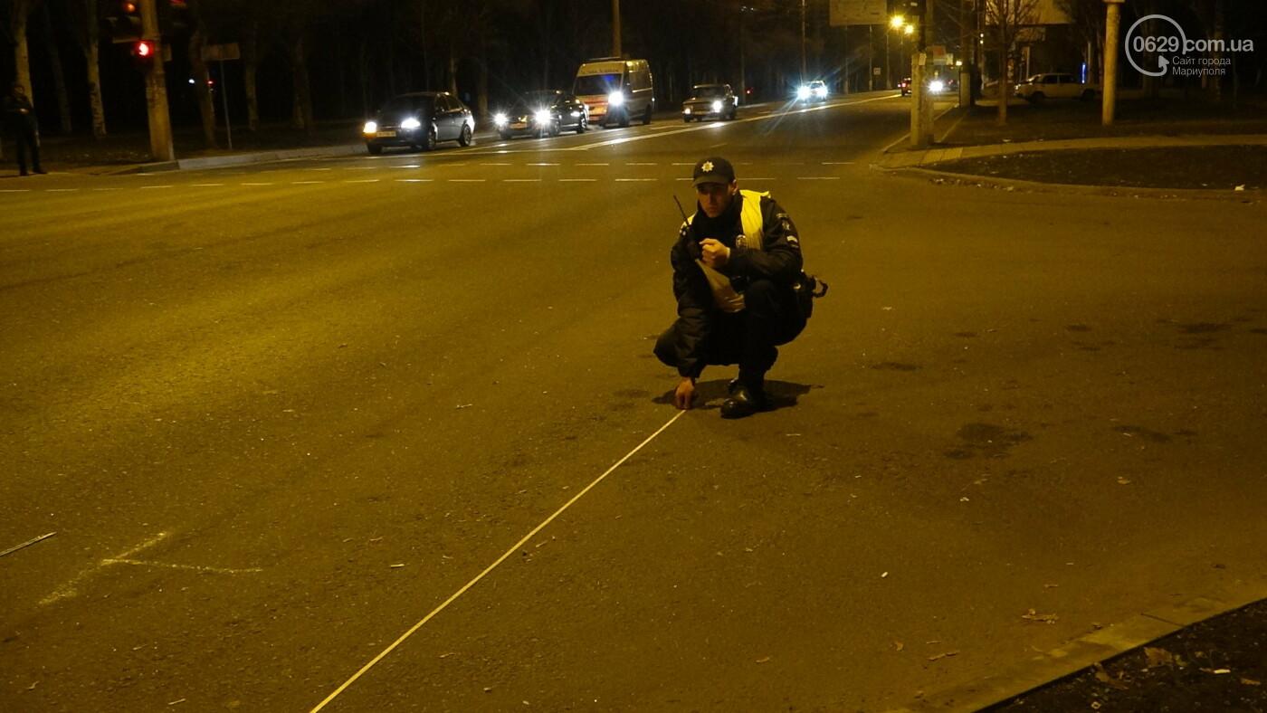 В Мариуполе на перекрестке «Мерседес» зацепил маршрутку, - ФОТО, фото-12