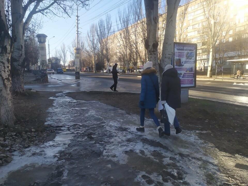 """В Мариуполе коммунальщики создали ледовый каток возле """"Клеопатры"""", - ФОТОФАКТ, фото-1"""