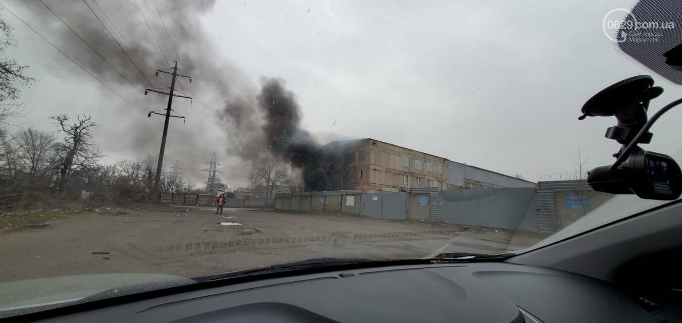 В Мариуполе на улице Флотской арендаторы склада устроили массовое сжигание, - ФОТО, фото-2