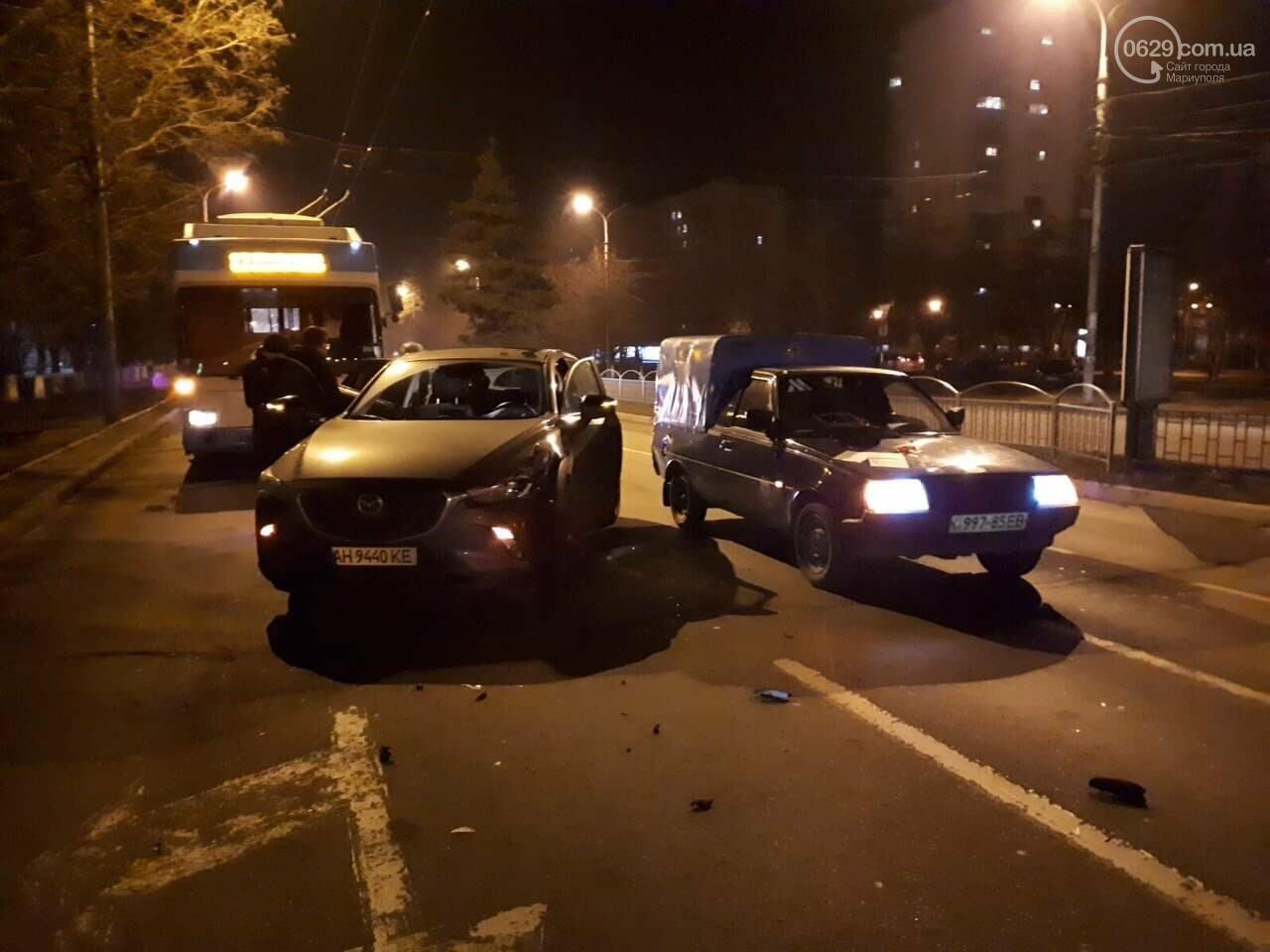 """В Мариуполе столкнулись """"Таврия"""" и """"Мазда"""", - ФОТО, фото-5"""