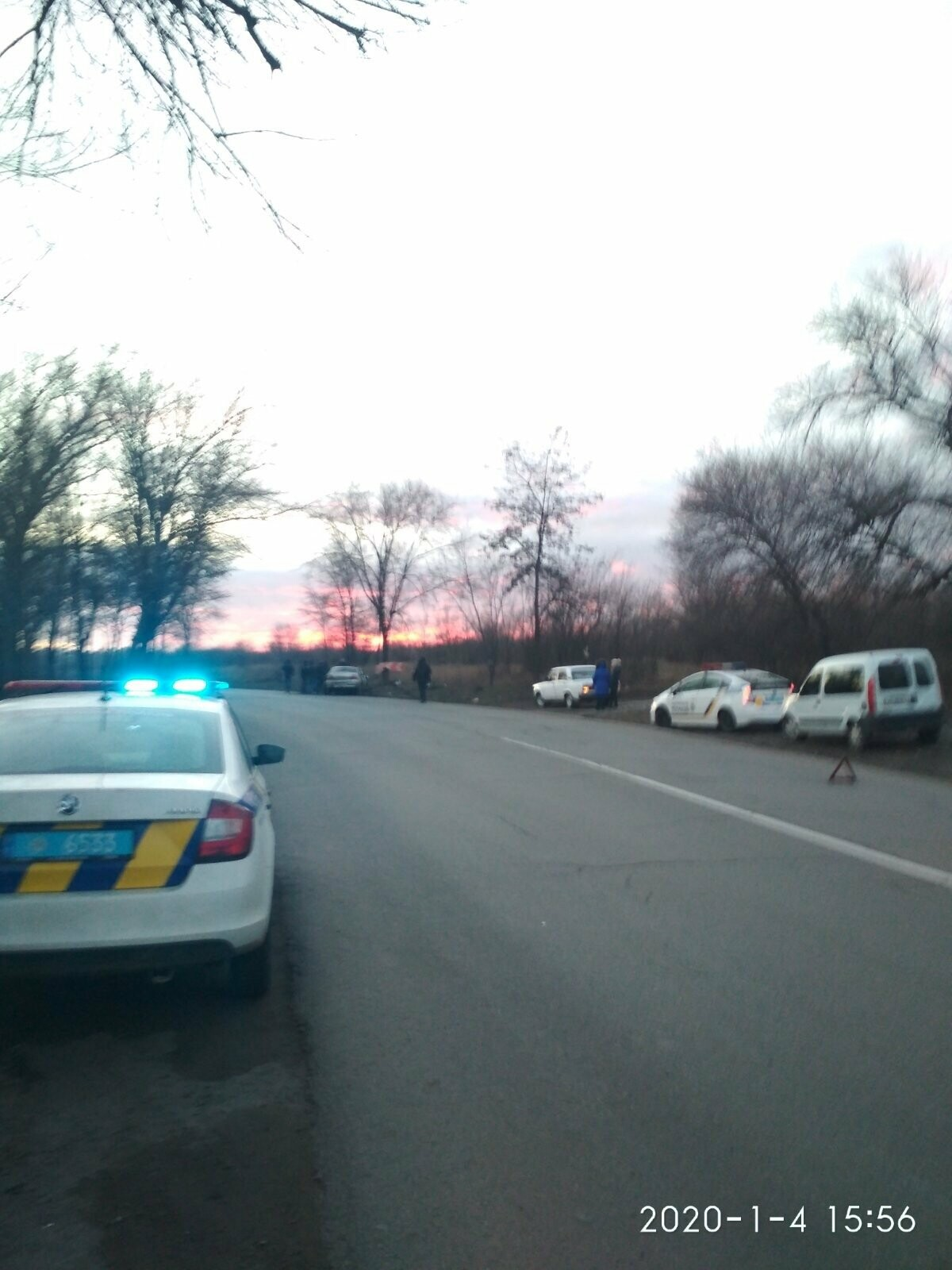 В Мариуполе на ул. Тополиной автомобиль влетел в дерево. Пострадали 4 человека, - ФОТО, фото-6