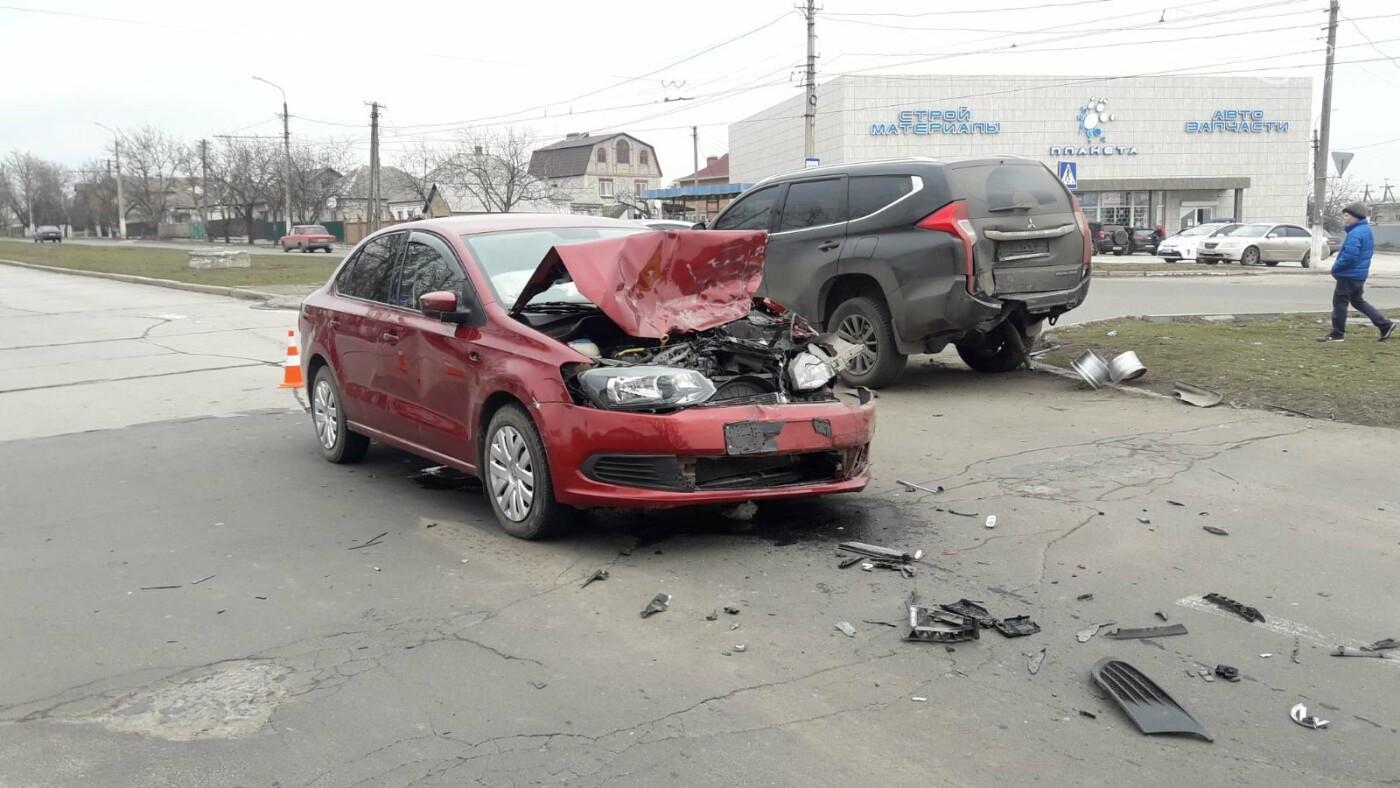 Тройное ДТП в Левобережном районе: перевернулся автомобиль, есть пострадавшие - ФОТО, ВИДЕО, фото-4