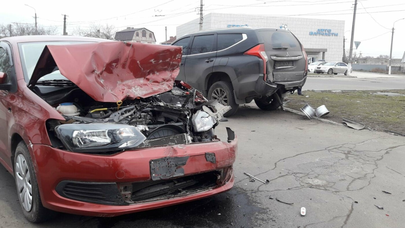 Тройное ДТП в Левобережном районе: перевернулся автомобиль, есть пострадавшие - ФОТО, ВИДЕО, фото-2