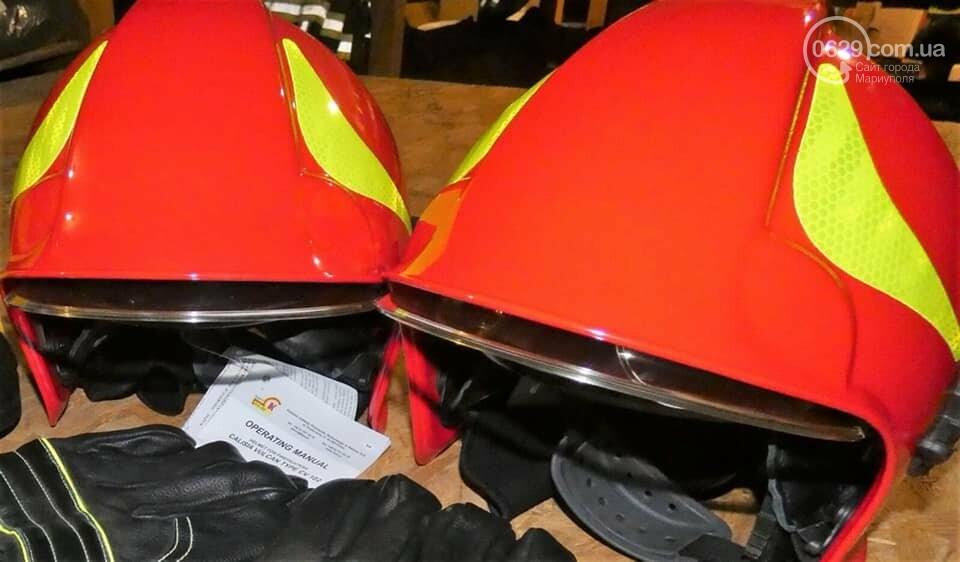 Мариупольским спасателям подарили  уникальную автолестницу, которая достает до 14 этажа,- ФОТО, фото-1
