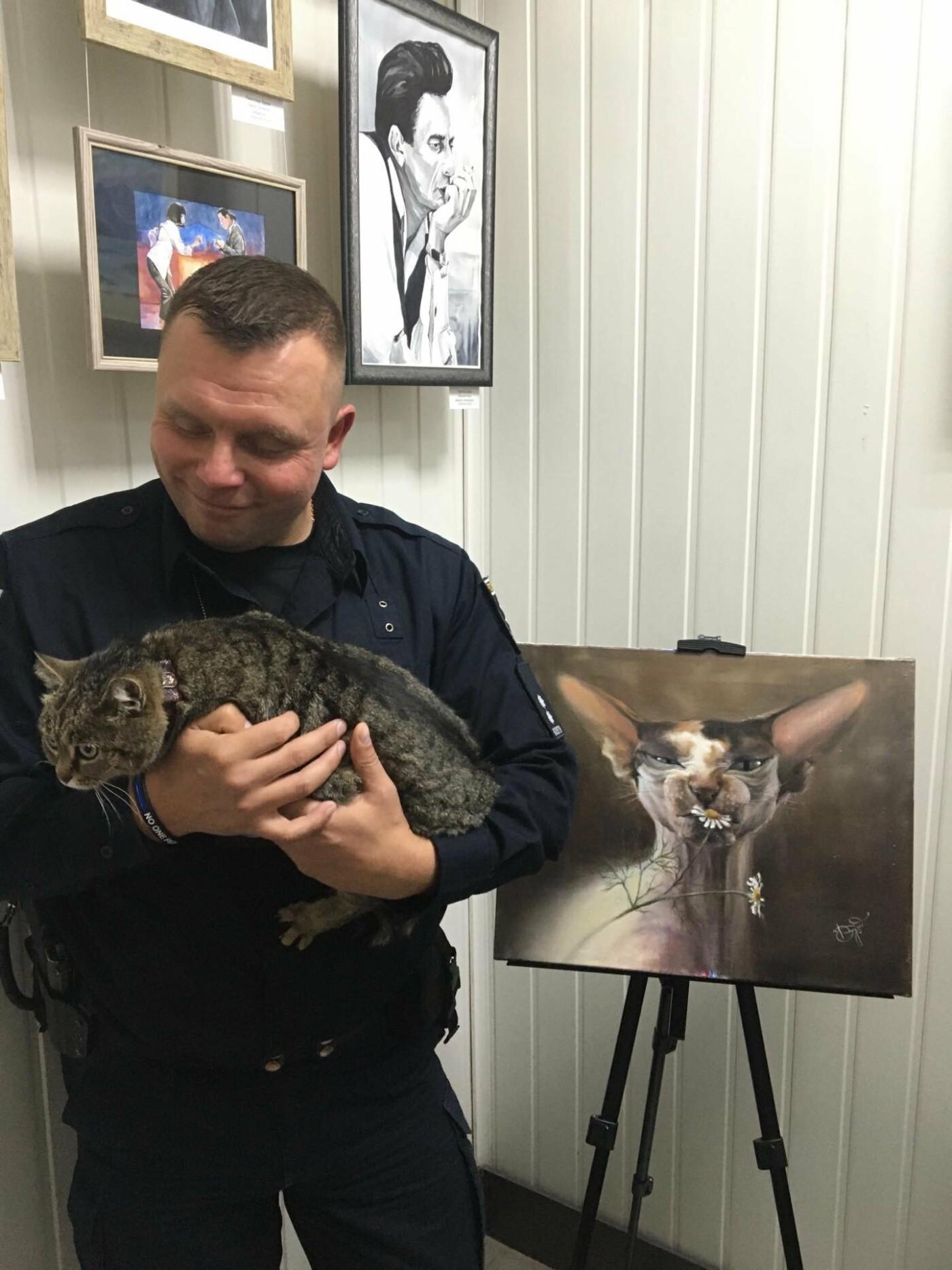 В патрульной полиции открыли картинную галерею,- ФОТО, фото-4