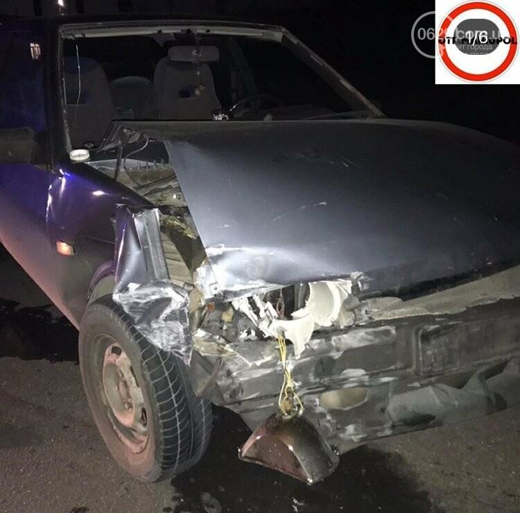 На улице Макара Мазая столкнулись два автомобиля, -ФОТО, фото-1