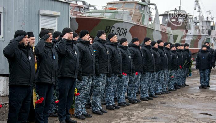 В Мариуполе открыли памятник морякам-пограничникам, погибшим в Азовском море, - ФОТО, фото-2