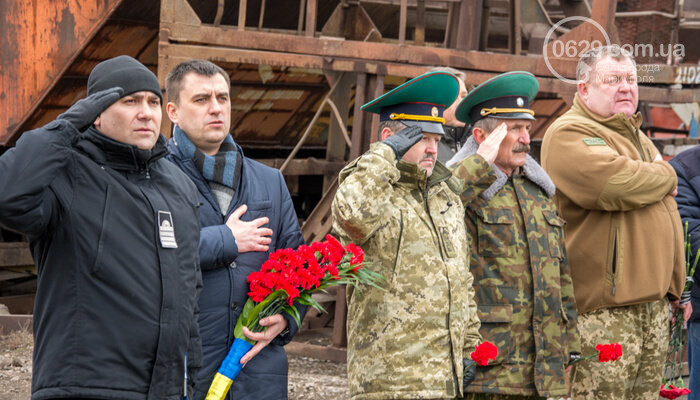 В Мариуполе открыли памятник морякам-пограничникам, погибшим в Азовском море, - ФОТО, фото-5
