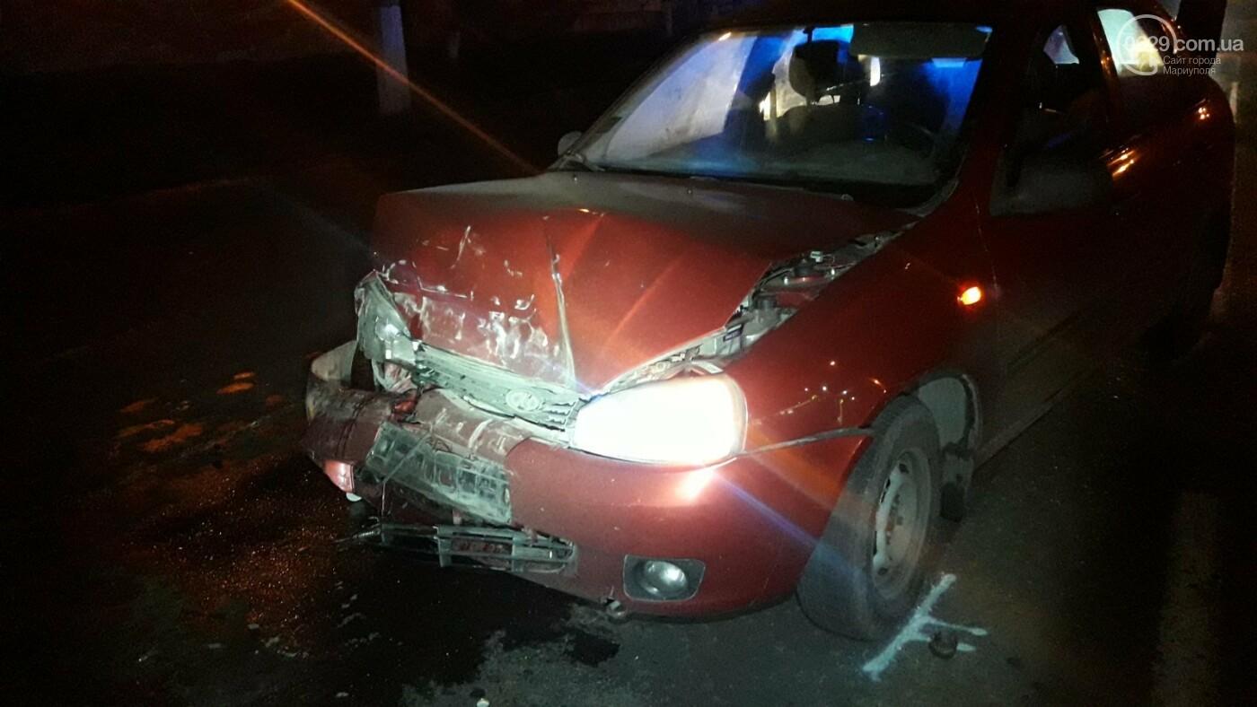 В Мариуполе на перекрестке пьяный на Lada влетел в стоящий Mitsubishi, - ФОТО, фото-4