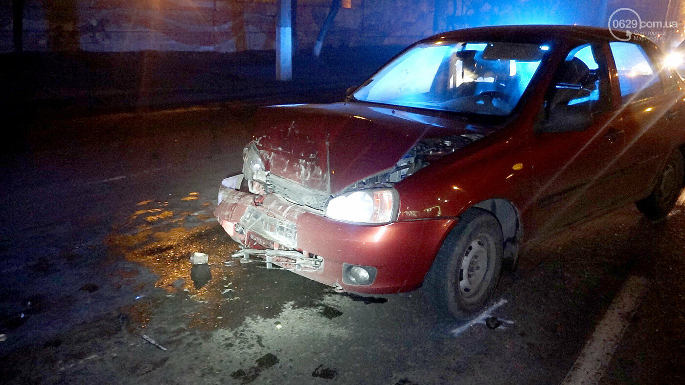 В Мариуполе на перекрестке пьяный на Lada влетел в стоящий Mitsubishi, - ФОТО, фото-8