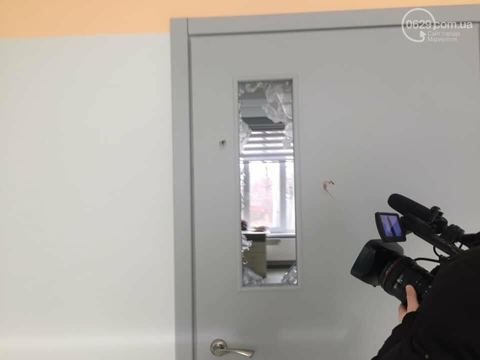 В  Мариуполе неадекватный хулиган разгромил школу, - ДОПОЛНЕНО, ФОТО, фото-6