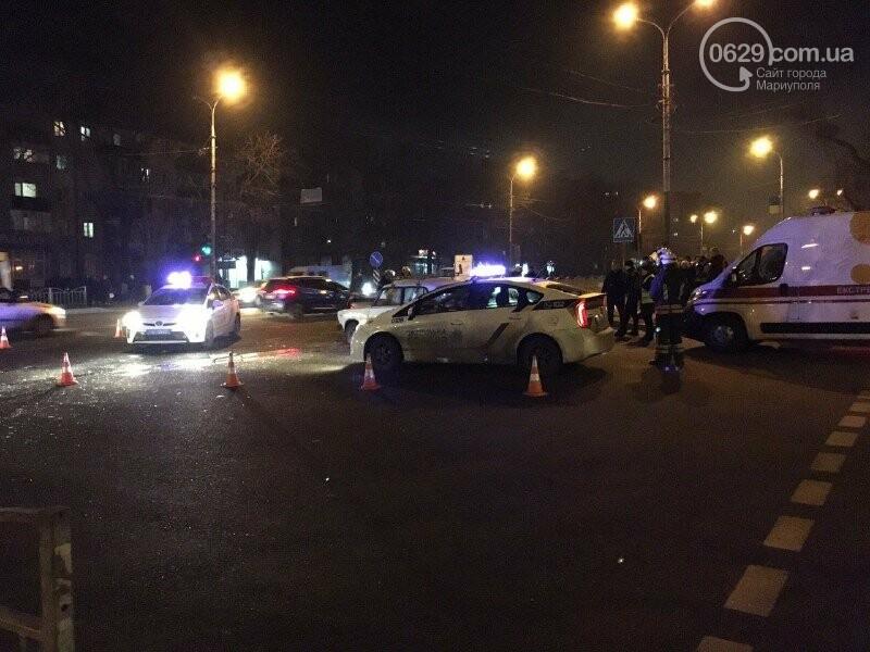 ДТП в центре Мариуполя. Есть пострадавшие, - ФОТО, фото-5