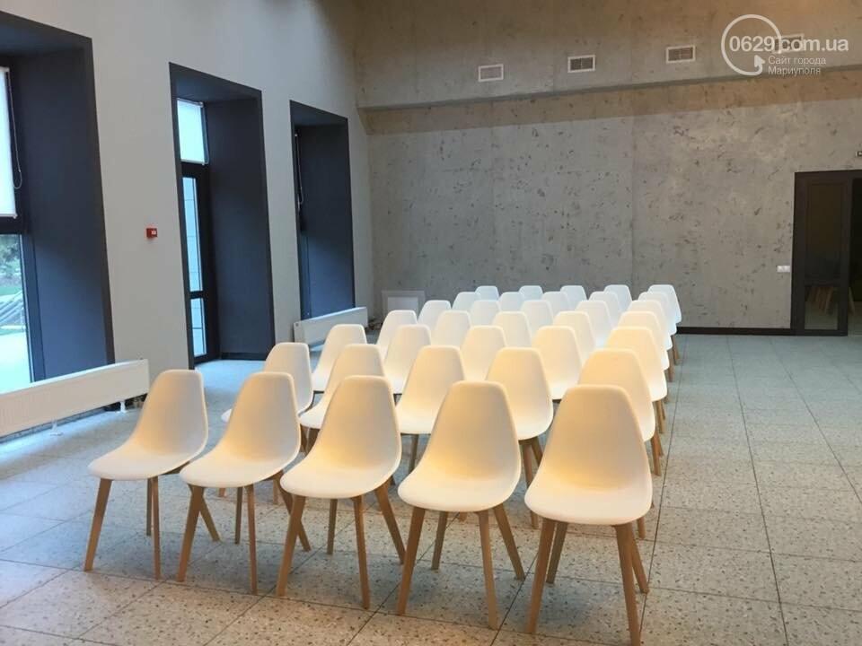 Городской дворец бракосочетания отказался покидать центр Мариуполя, - ФОТО, ВИДЕО, фото-4
