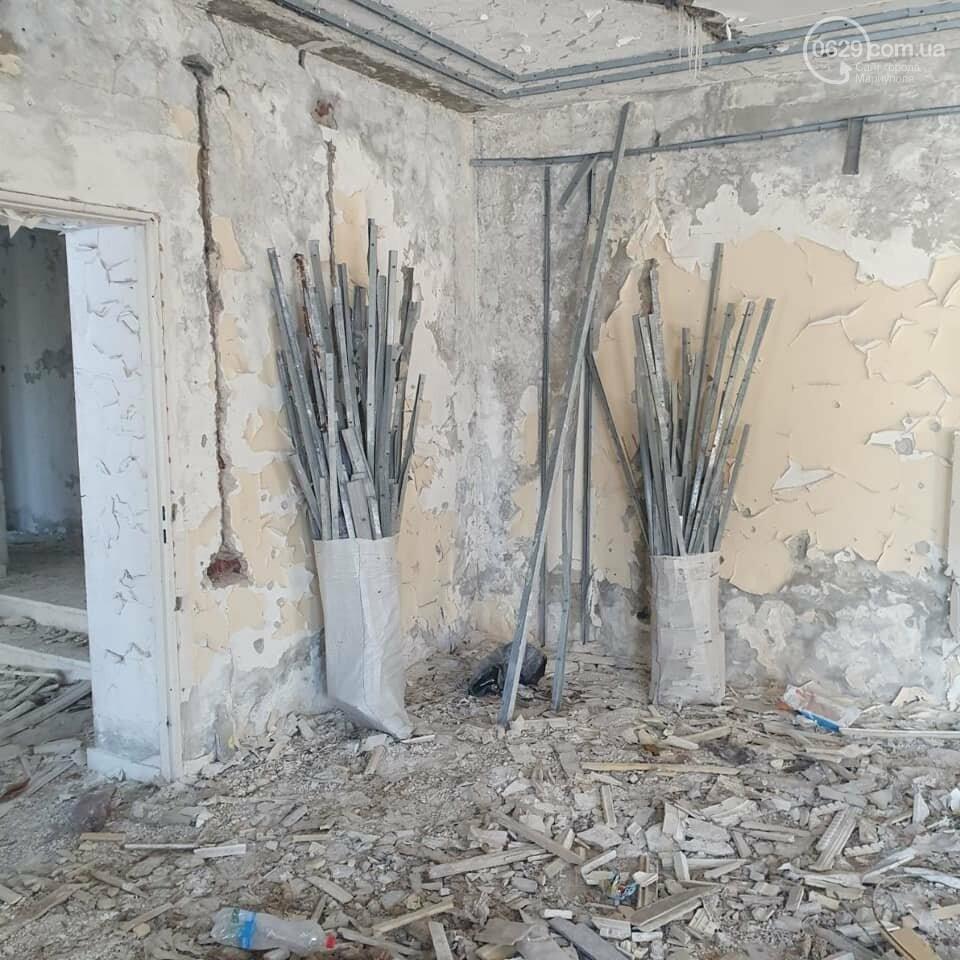 Журналист обвинила Мариупольскую бригаду ВСУ в мародерстве, - ФОТО, фото-1