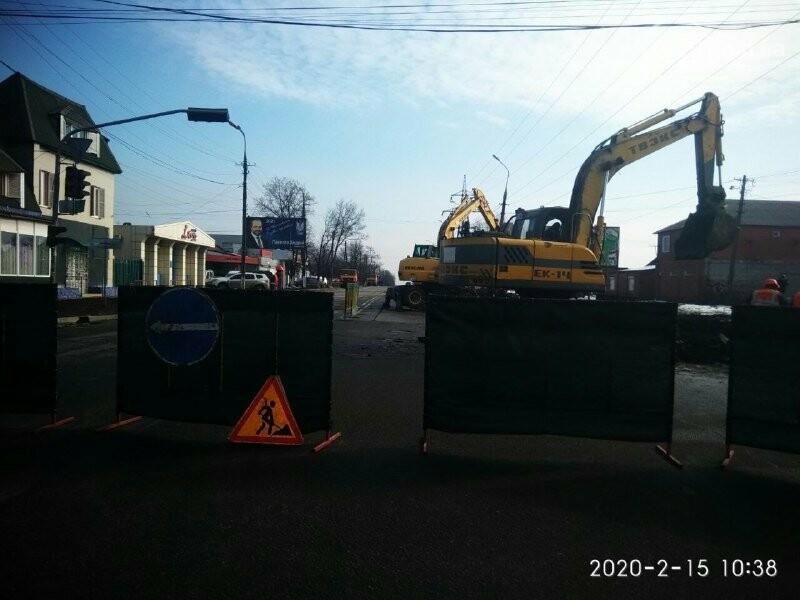 Обвал коллектора: для устранения аварии в Мариуполе перекроют дорогу, обесточат десятки домов и 4 котельные , - ФОТО, фото-4