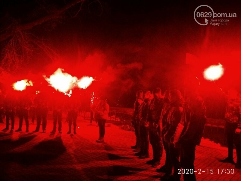 В Мариуполе почтили героев, погибших в боях за Широкино, - ФОТОРЕПОРТАЖ, фото-7