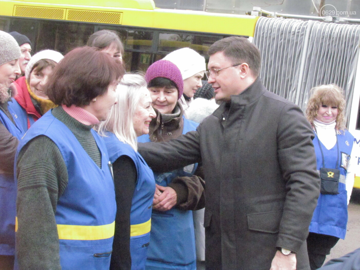 """На работу - на ""мерседесах!"" Как в Мариуполе обновляют транспорт, маршруты и депо, - ФОТОРЕПОРТАЖ, фото-4"
