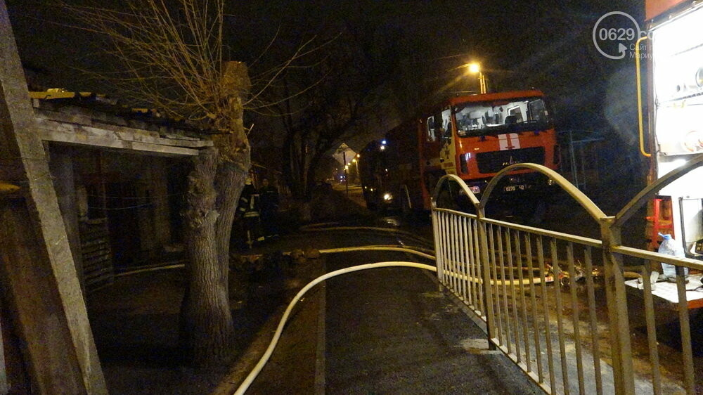 В Мариуполе на Слободке горел дом, - ФОТО, фото-10