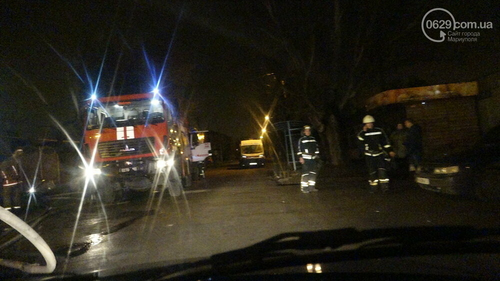 В Мариуполе на Слободке горел дом, - ФОТО, фото-24