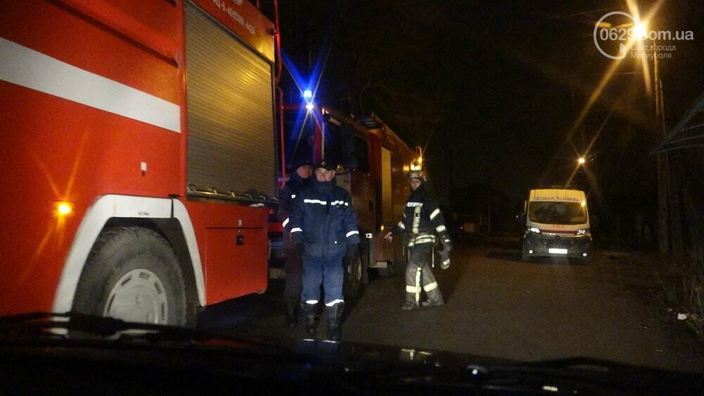В Мариуполе на Слободке горел дом, - ФОТО, фото-25