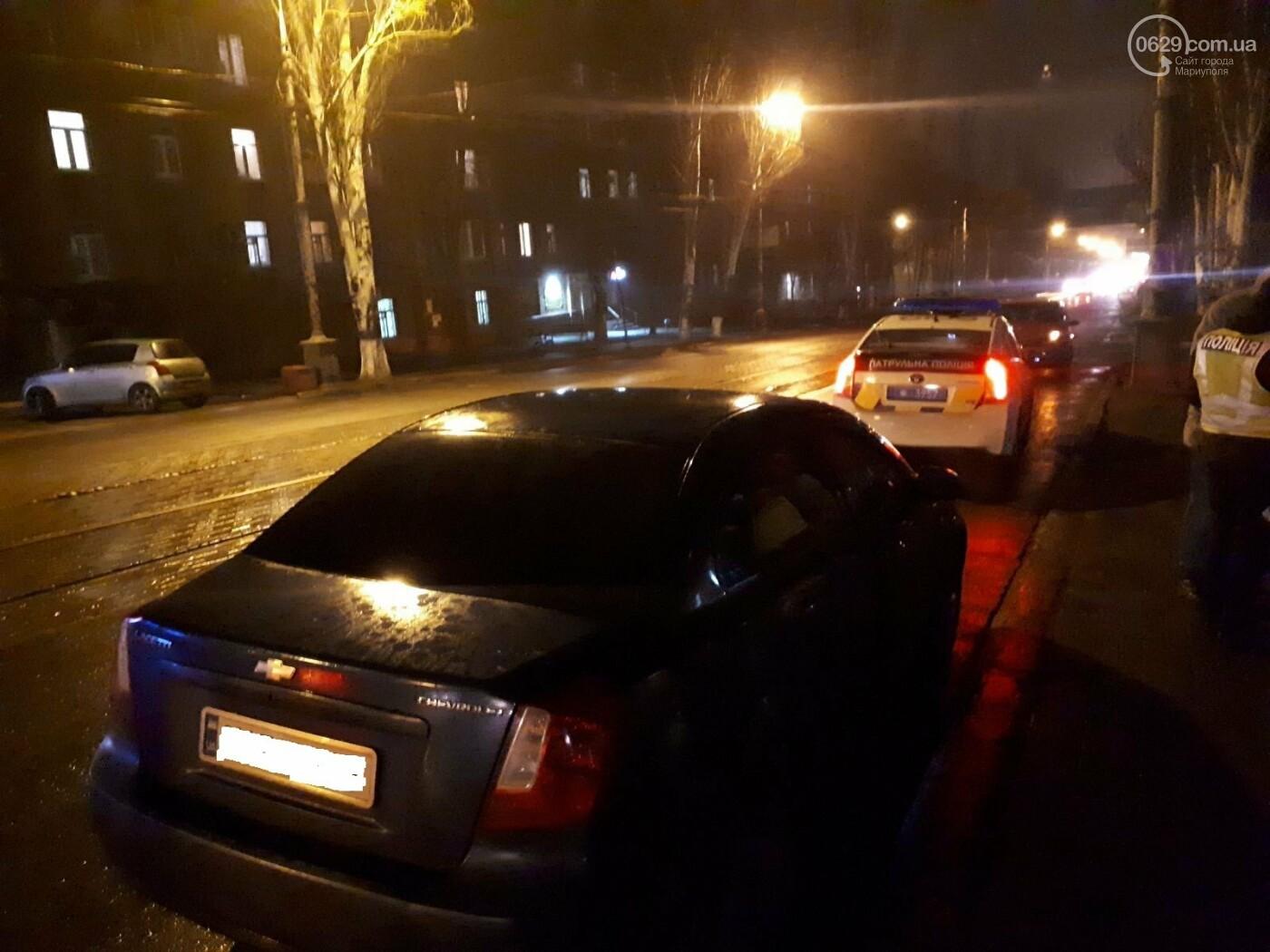 В Мариуполе на перекрестке Chevrolet сбил пешехода, - ФОТО, фото-4