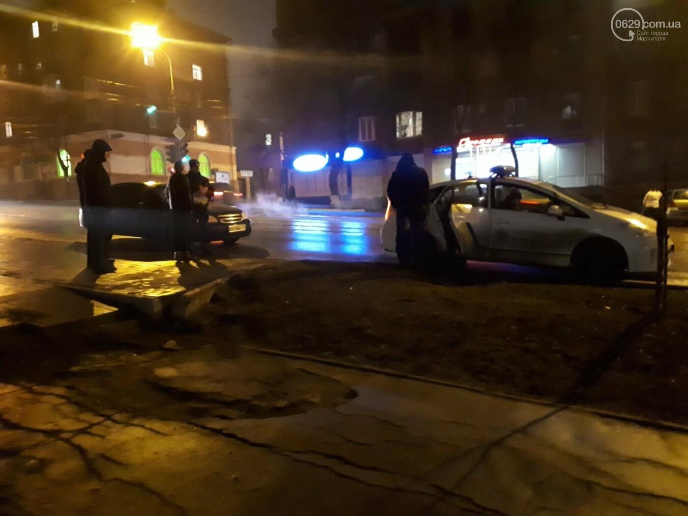 В Мариуполе на перекрестке Chevrolet сбил пешехода, - ФОТО, фото-2
